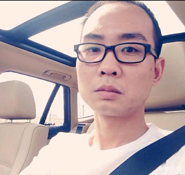 26岁帅男人生活照片